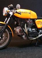 ドゥカティ900S・1